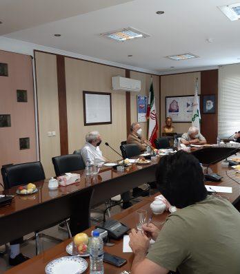 نشست مشترک سازمان امور مالیاتی با اعضای هیات مدیره انجمن داروسازان تهران برگزار شد